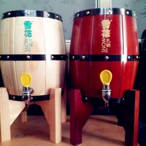 mini wooden barrel with stainless steel beer keg inlay