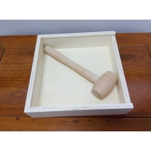 Poplar plywood gift box with hammer for chocolate