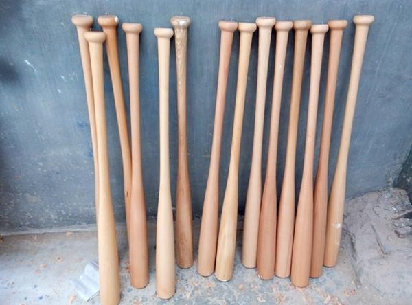 la marche morts similaires 32 caoutchouc bois batte de baseball. Black Bedroom Furniture Sets. Home Design Ideas